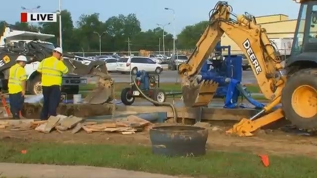 Residents Still Without Water After North Harvard Water Main Bursts