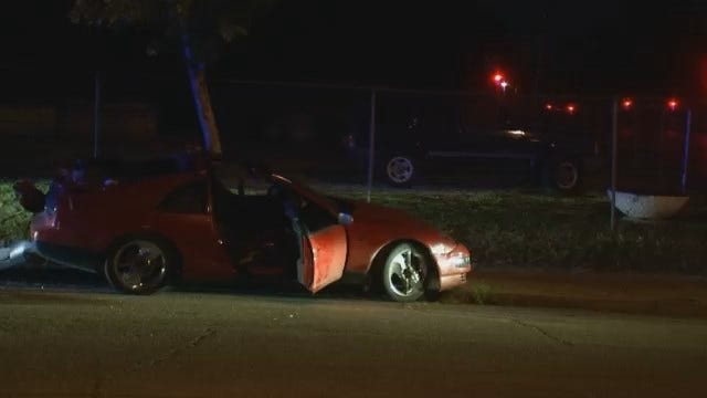 Driver Injured When Car Hits Tree In Tulsa Wreck
