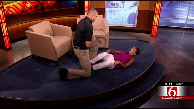 Crime Reporter Lori Fullbright Shows Two Moves Assault Victims Can Use To Protect Themselves