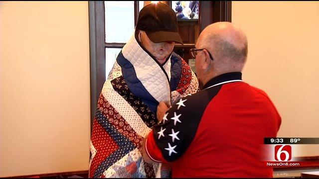 Broken Arrow Veterans Receive 'Quilt Of Honor'