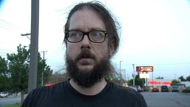WEB EXTRA: Witness Tells Of Man Resisting