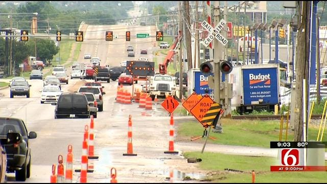 Tulsa Police Look For Hit-And-Run Driver Who Hurt Construction Worker