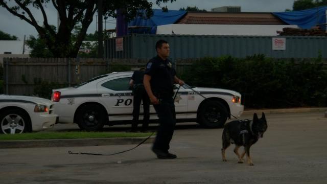 WEB EXTRA: Tulsa Police Investigate Taco Bueno Attempted Robbery