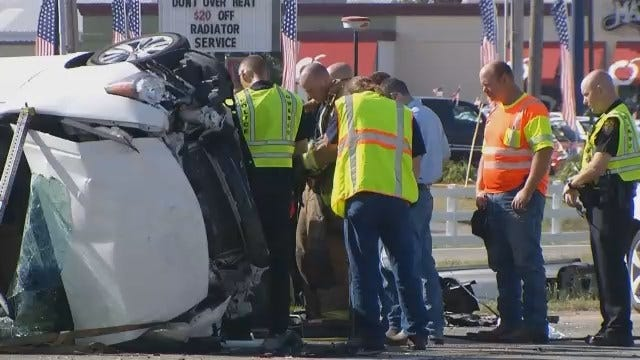 WEB EXTRA: Emergency Workers Have Moment Of Silence At Fatal Owasso Wreck