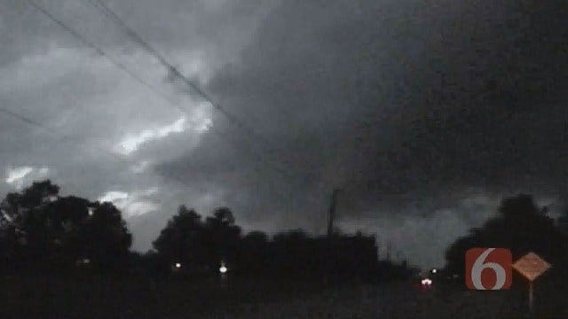 Surviving An EF5 Tornado Without A Storm Shelter
