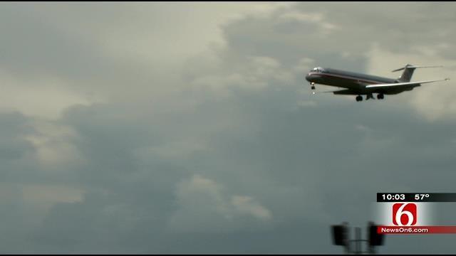 Passengers Credit Pilot For Safe Landing At Tulsa International Airport