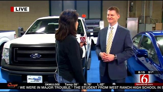 CNG Vehicles Highlighted At Tulsa Art Show