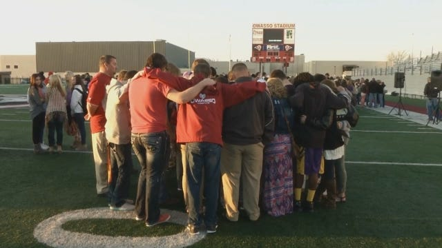 WEB EXTRA: Video From Spencer Richmond Prayer Event At Owasso High School