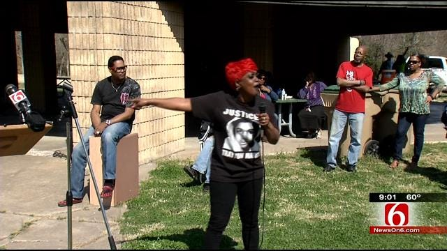 Concerned Tulsans Rally After Fatal Police Shooting