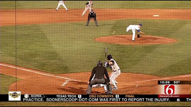 Drillers Fall To Hooks