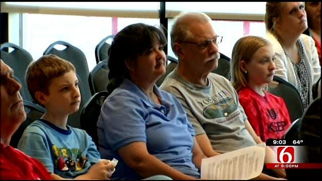 Parents, Teachers Meet At Union High School, Prepare For Education Rally
