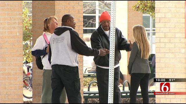 Aggressive Downtown Tulsa Panhandler Gives Group A Bad Name