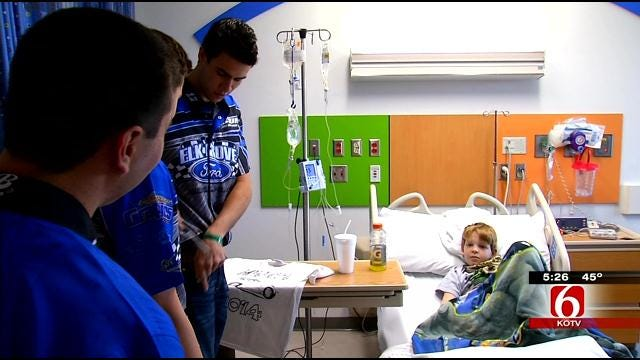Chili Bowl Drivers Spread Cheer To Children At Tulsa Hospital
