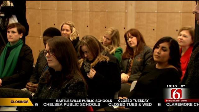 Tulsa's Young Professionals Raise Money For Art Community
