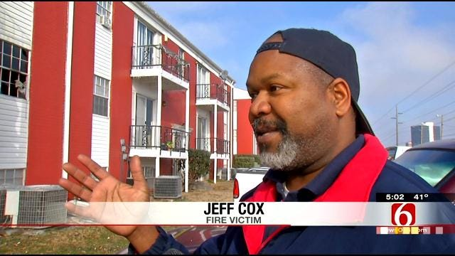 Tulsa Man Tells Of Narrow Escape From Apartment Fire