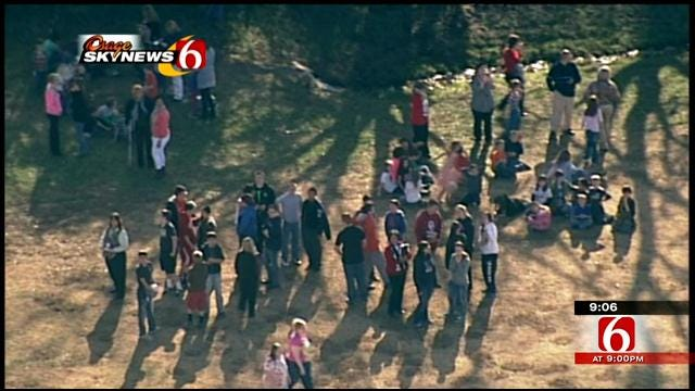 Mounds To Resume Classes Tuesday After Bomb Threat Tweet