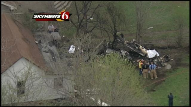 Single-Engine Plane Crashes In Downtown Collinsville