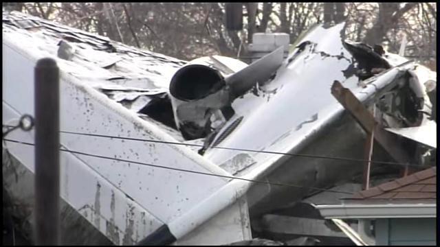 NTSB: Airplane 'Lost All Power' Before Crash That Killed Steve Davis, Pilot
