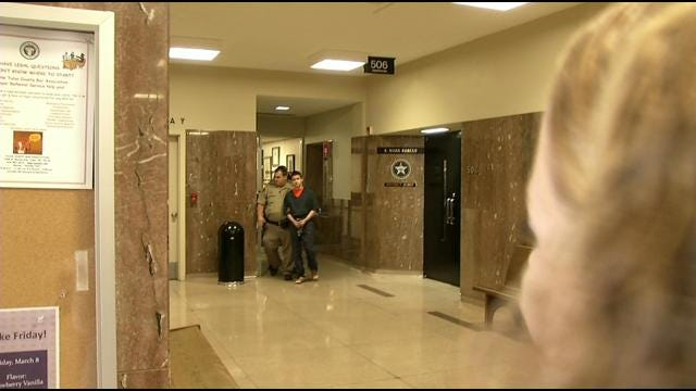 Man Testifies About Finding Daughter's Body In Preliminary Hearing For Jenks Teen