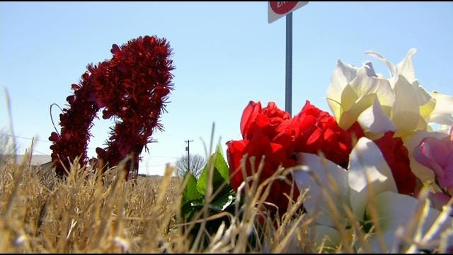 Woman Remembers Mother Killed In Route 66 Crash