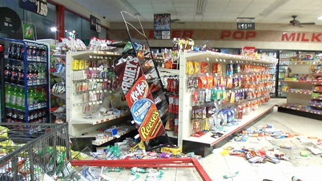 WEB EXTRA: Video From Scene Of Tulsa Convenience Store Burglary Attempt