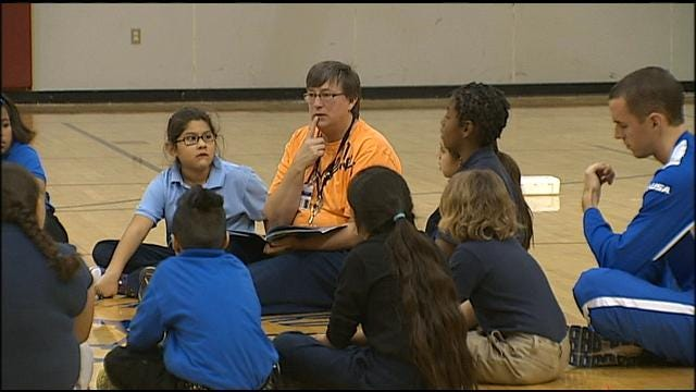 Tulsa Students Take Part In Disaster Preparedness Workshop