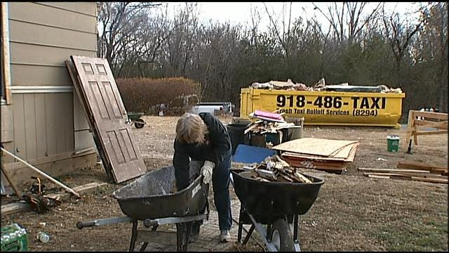 Coweta Rallies For Family After Home Burns Over Holidays