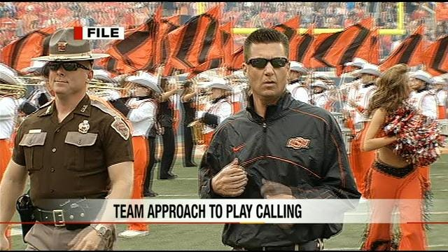 Gundy Prepares For Play-Calling Duties Without Monken