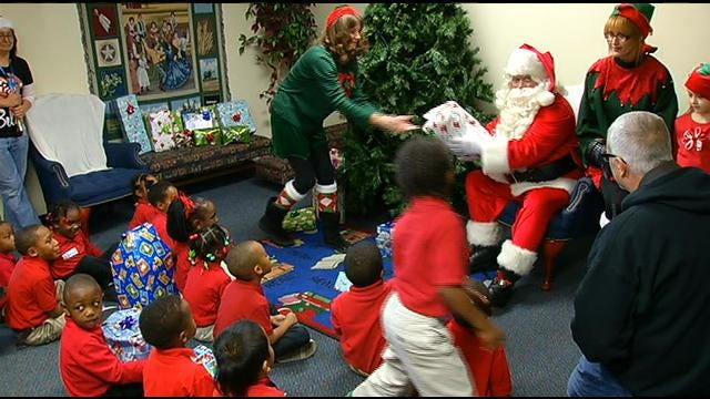 Kimberly-Clark Employees Surprise Tulsa Elementary Students With Gifts