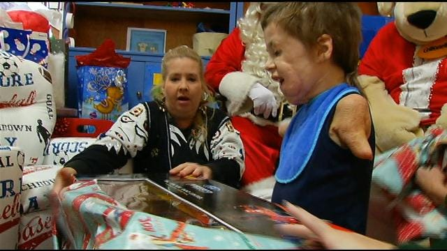 Tulsa Boy Who Lost His Limbs Gets Special Christmas Surprise