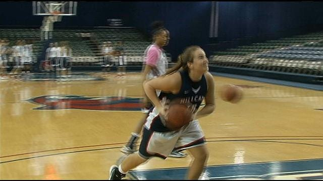 Rogers State Forward Pushing On Despite Obstacles