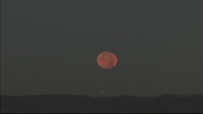 WEB EXTRA: Time Lapse Video Of Moon Setting In Tulsa Sky