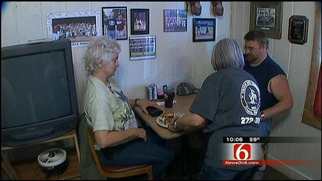 Gun Owners Exercise Right To Carry Openly At Owasso Restaurant