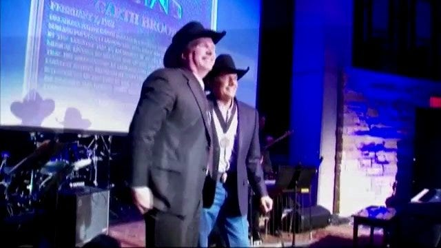 WEB EXTRA: Video Of Garth Brooks At Country Music Hall Of Fame