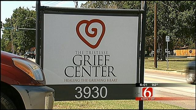 Tristesse Center Of Tulsa Helps The Grieving Recover