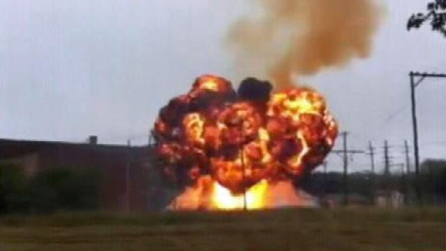 Video: Fire And Explosion Damages Ponca City Electrical Substation