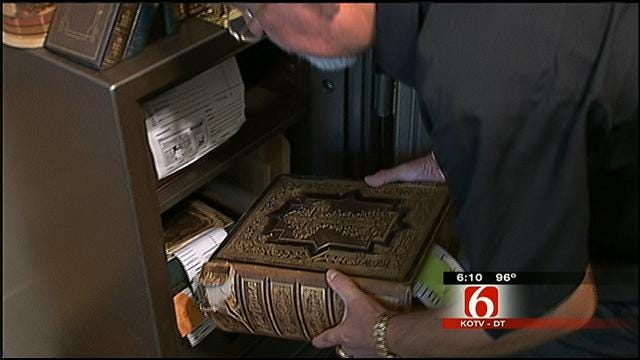 Oklahoman Restoring 400-Year-Old Bible, Another Carving Jesus Out Of Tree
