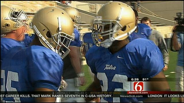 Tulsa Golden Hurricane Holds Scrimmage