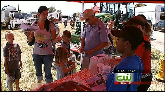 Kids Head To Green Country McDonald's To See Big Trucks Up Close