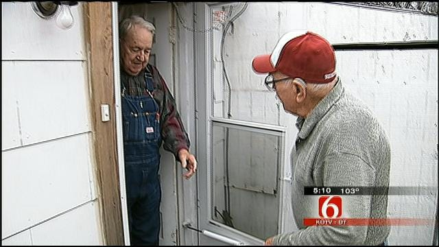 Need For Volunteers Means Seniors Wait For Meals On Wheels