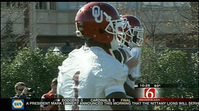 Stoops, Sooners Answer Questions About The Defense