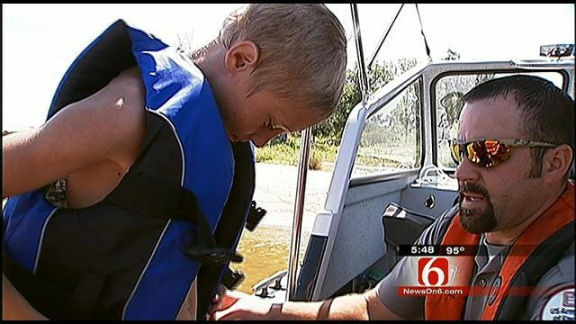 Army Corps Of Engineers Stress The Importance Of Lifejackets