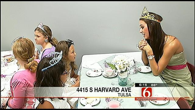 The Scholl Center Hosts A Tea Party For Hearing Impaired Kids