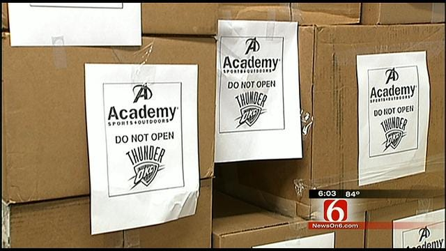 Tulsa Retailers Hope To Sell Thunder Championship Gear Wednesday Night