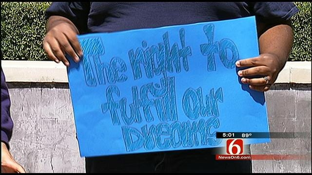 Tulsans Urge Passage Of DREAM Act In Fight For Immigration Reform