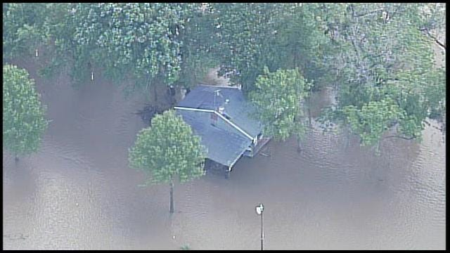 WEB EXTRA: SkyNews6 Over Flooding In Northern Nowata County
