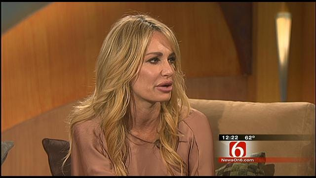 Taylor Armstrong From 'Real Housewives Of Beverly Hills' Visits News On 6