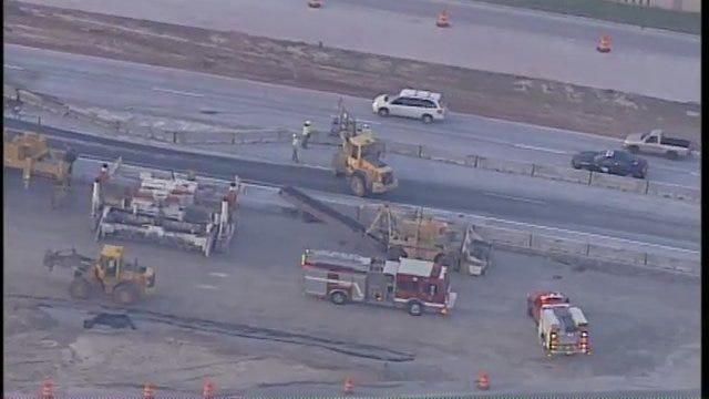 WEB EXTRA: SkyNews6 Over I-44 Crash At Peoria