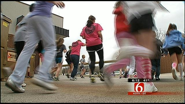 Students Motivate Jenks Teacher In Her Quest To Live Healthier