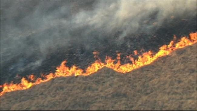 SkyNews6 Flies Over Bristow-Area Wildfire